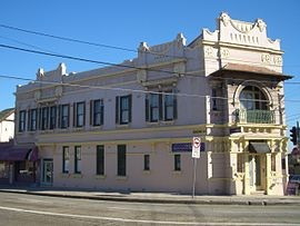 cleaning in Enmore